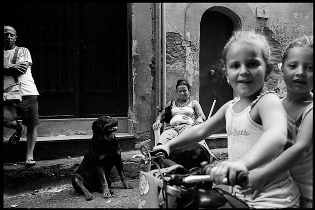 http://www.raffaelecapasso.com/files/gimgs/th-29_quartieri2.jpg